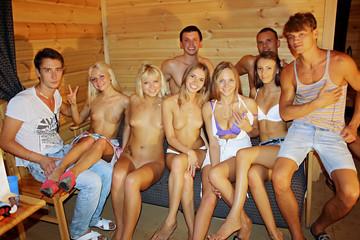 Hot university girls fuck in cottage, part 4